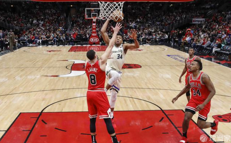 字母哥的三分算是练出来了,难道NBA又要大结局了?
